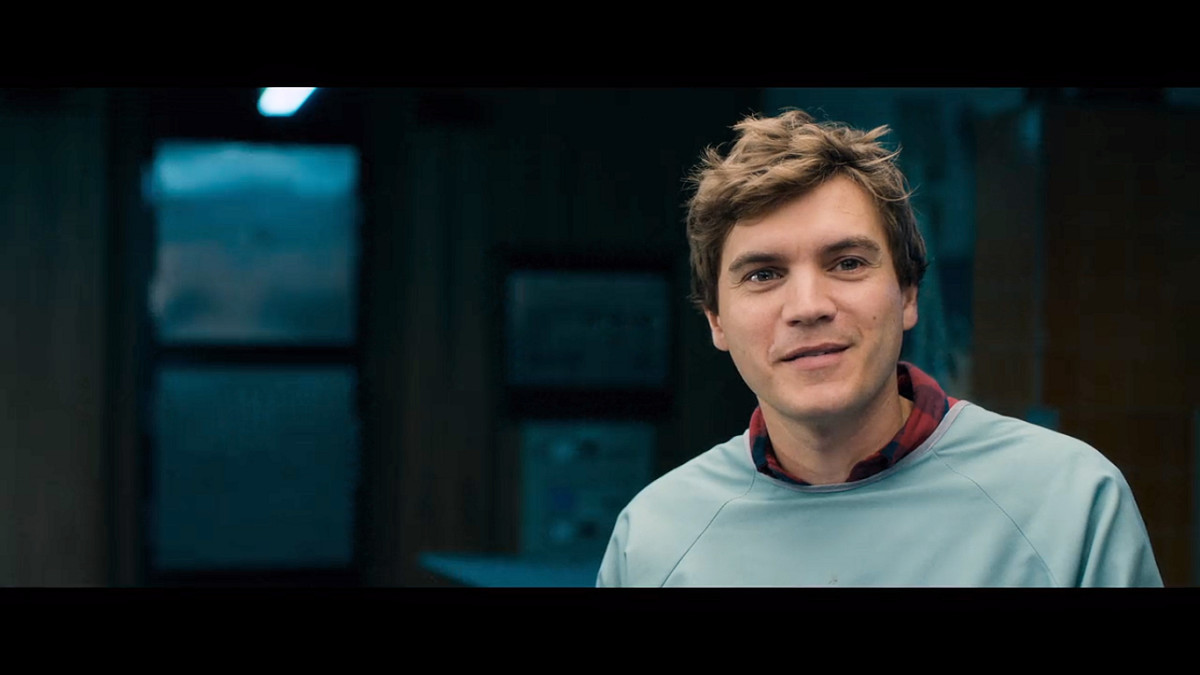 Emile Hirsch as Austin Tilden in 'The Autopsy of Jane Doe' (2016).