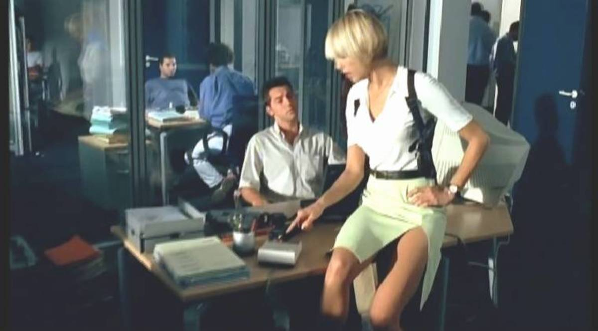 "The film is one of the most sexist movies I've ever seen - check out how this ""detective"" is dressed at the station!"