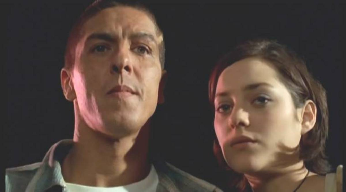 The film features a young Marion Cottilard (right) opposite Samy Naceri (left).