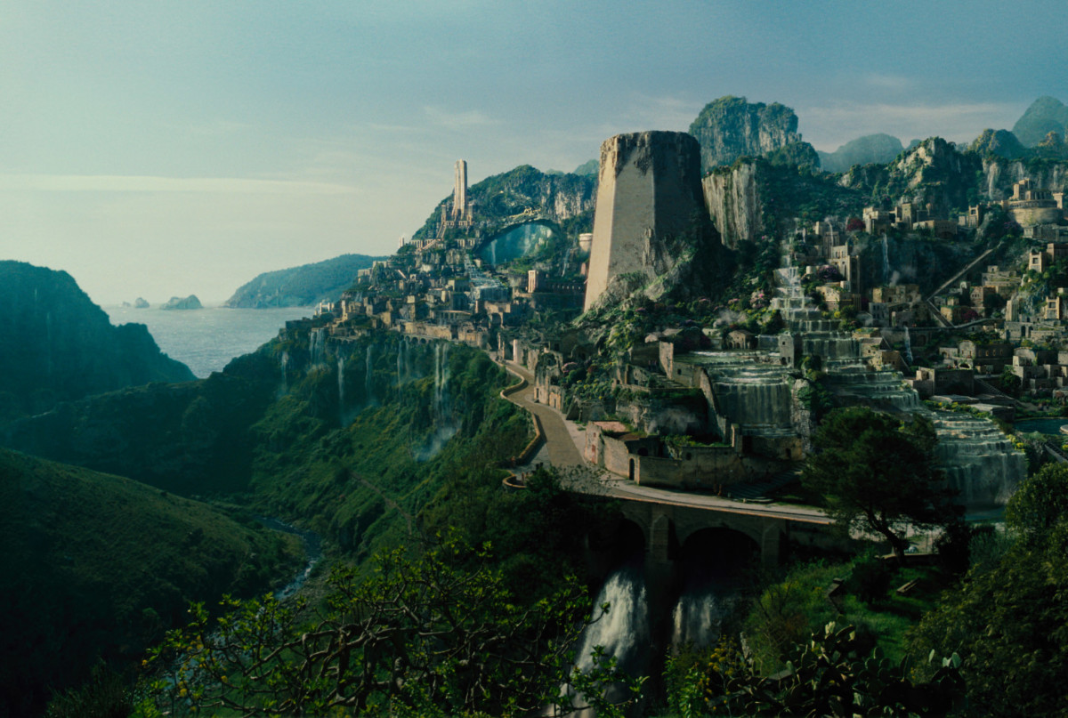The film's at its best when it's based in the remote island paradise that is Themyscira, the home of the Amazons.