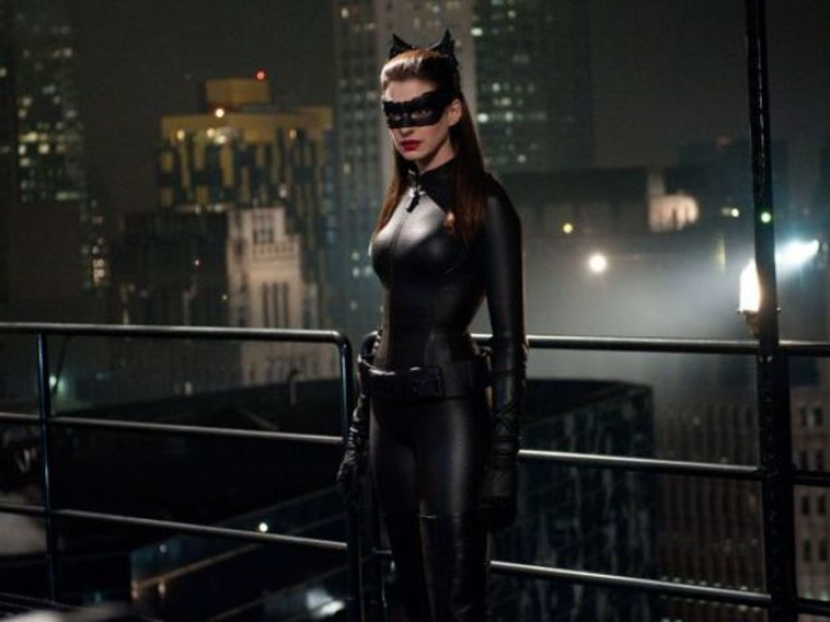 Hathaway's Catwoman isn't given enough screen-time, reducing her role to an extended cameo.