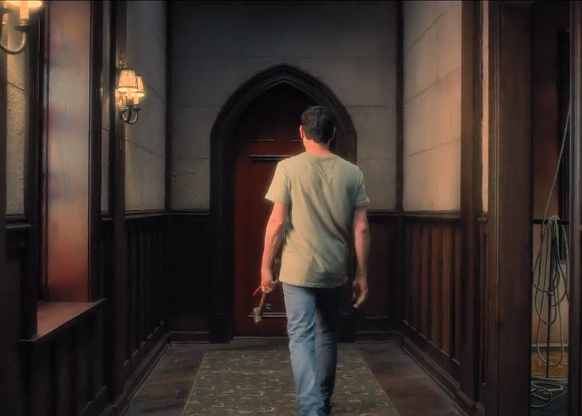 Hugh heads to the Red Room with the hopes of finally opening the door. 'The Haunting of Hill House'  season 1 (2018), a Netflix Original Series.
