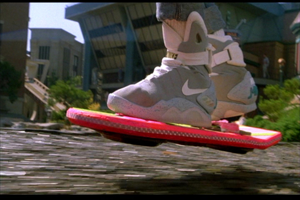 Remember when we all thought we'd have hoverboards and self-tying shoes by 2015? I feel somewhat cheated!