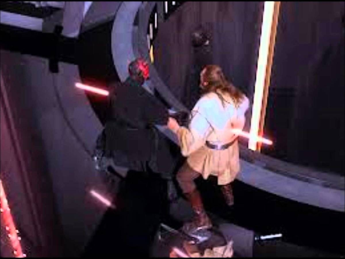 Darth Maul kills Qui-Gon