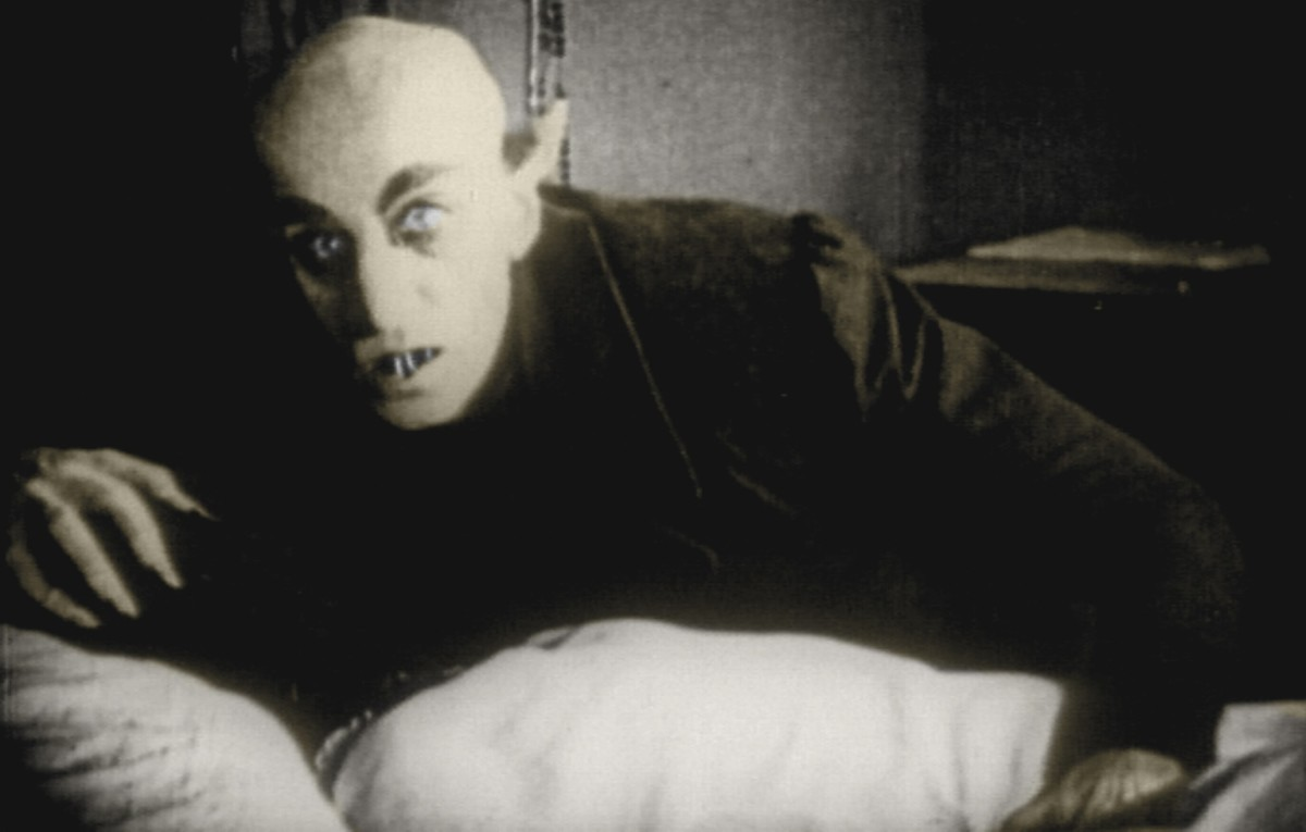 Schreck's performance as Count Orlok is mesmeric underneath make-up and prosthetics that belies the film's age.