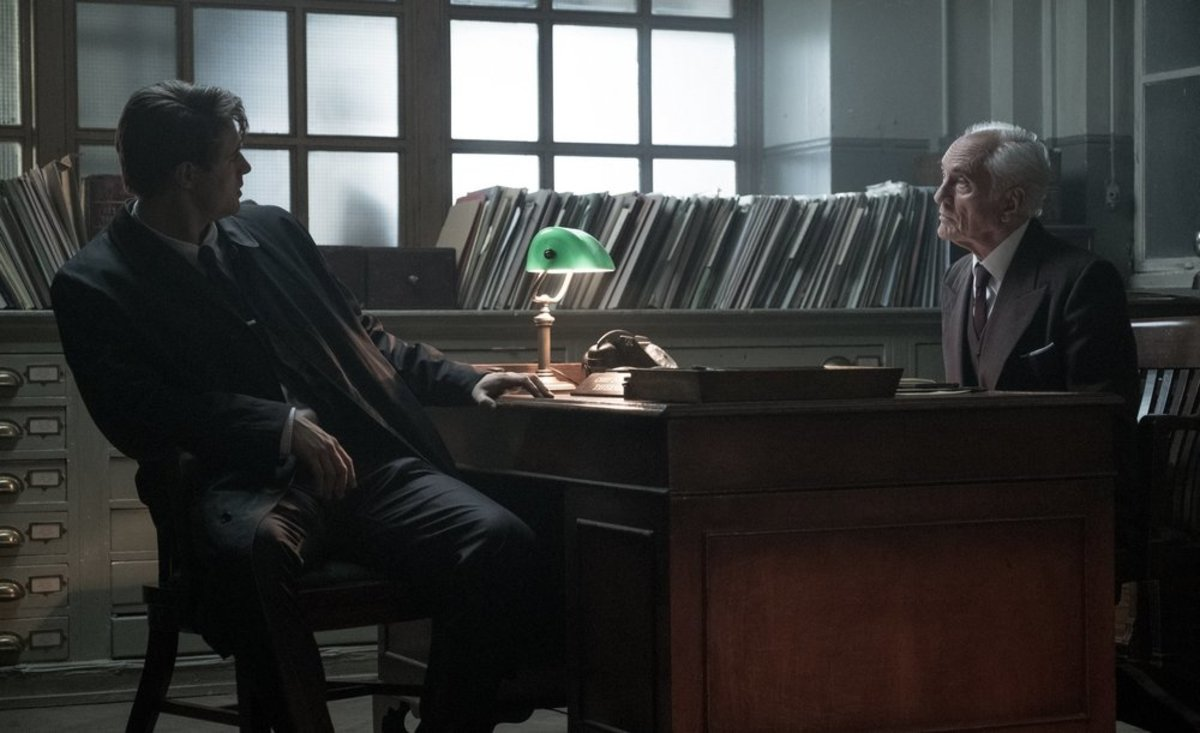 Max Irons and Terrence Stamp as Detective Charles Hayward and Chief Inspector Taverner in Crooked House (2017)