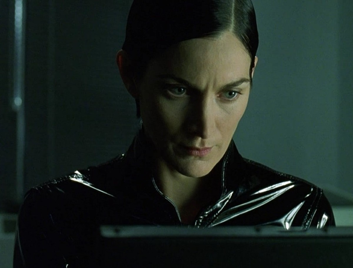 """The writing's on the wall for Trinity in """"The Matrix Reloaded"""""""