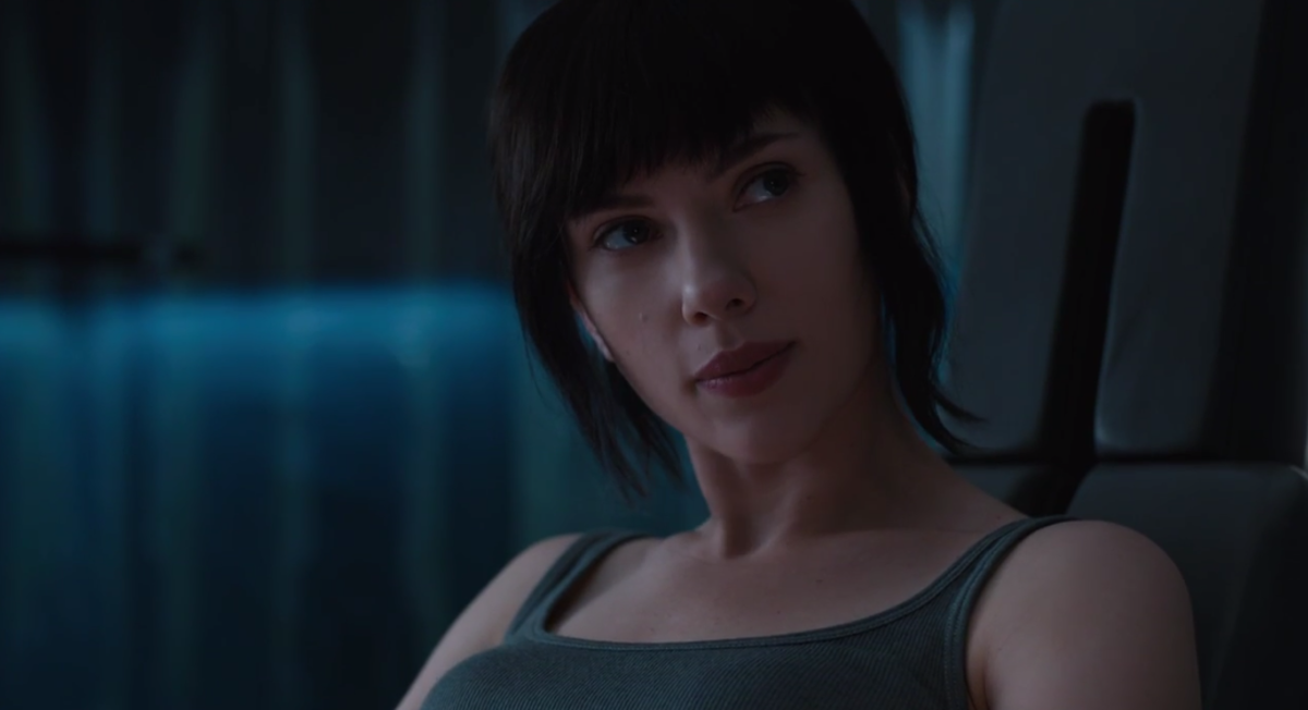 Johansson does what she can but she can't escape the fact that she's supposed to be playing a Japanese character, which hinders her performance.