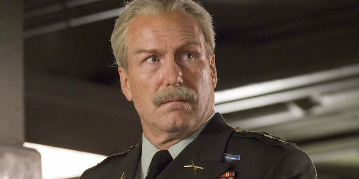 William Hurt as General Thadeus Ross