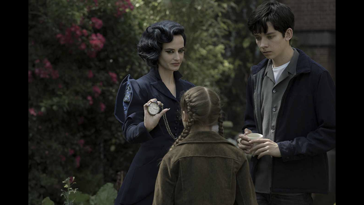 movie-review-miss-peregrines-home-for-peculiar-children