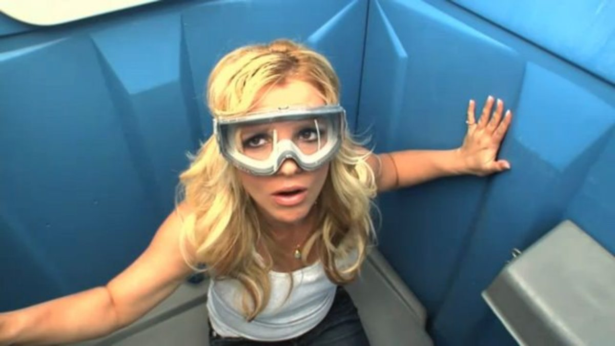 The film features plenty of celebrity cameos but sadly Britney Spears' reverse bungee in a portable toilet was cut for some reason.