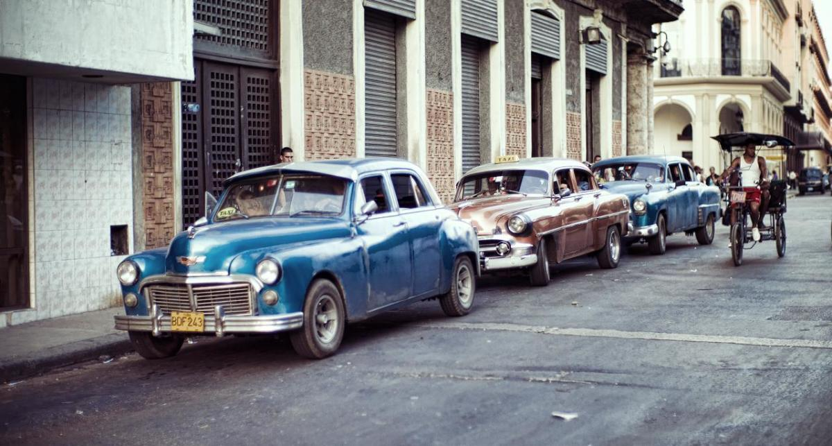 The film drifts through Cuba and gives a startling insight into a country almost left behind by the rest of the world