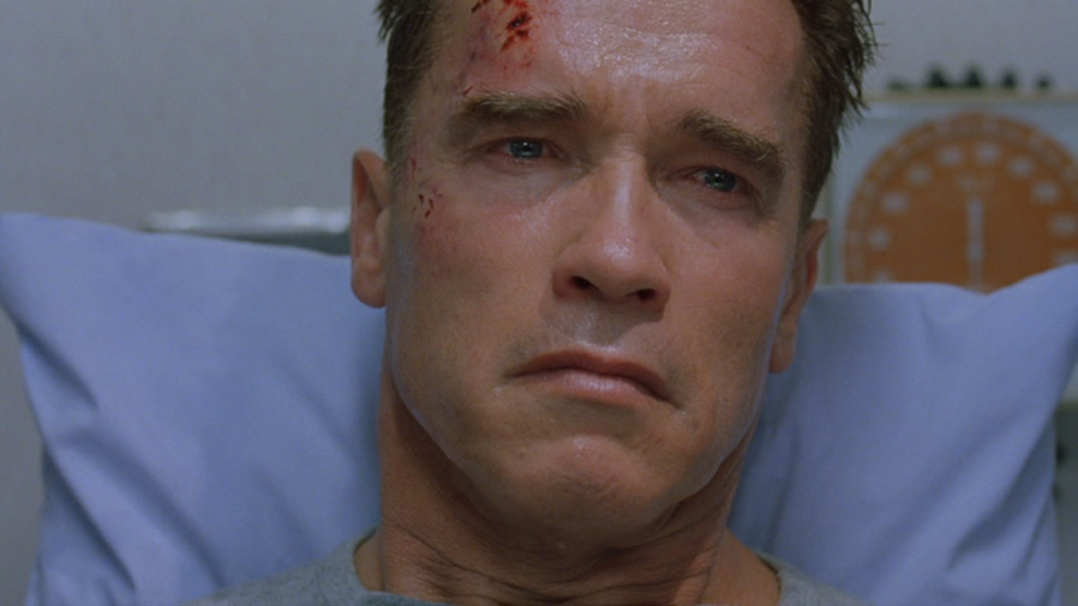 Schwarzenegger, seen here displaying his grieving face, is in pretty familiar territory in this film and it shows in his disinterested performance.
