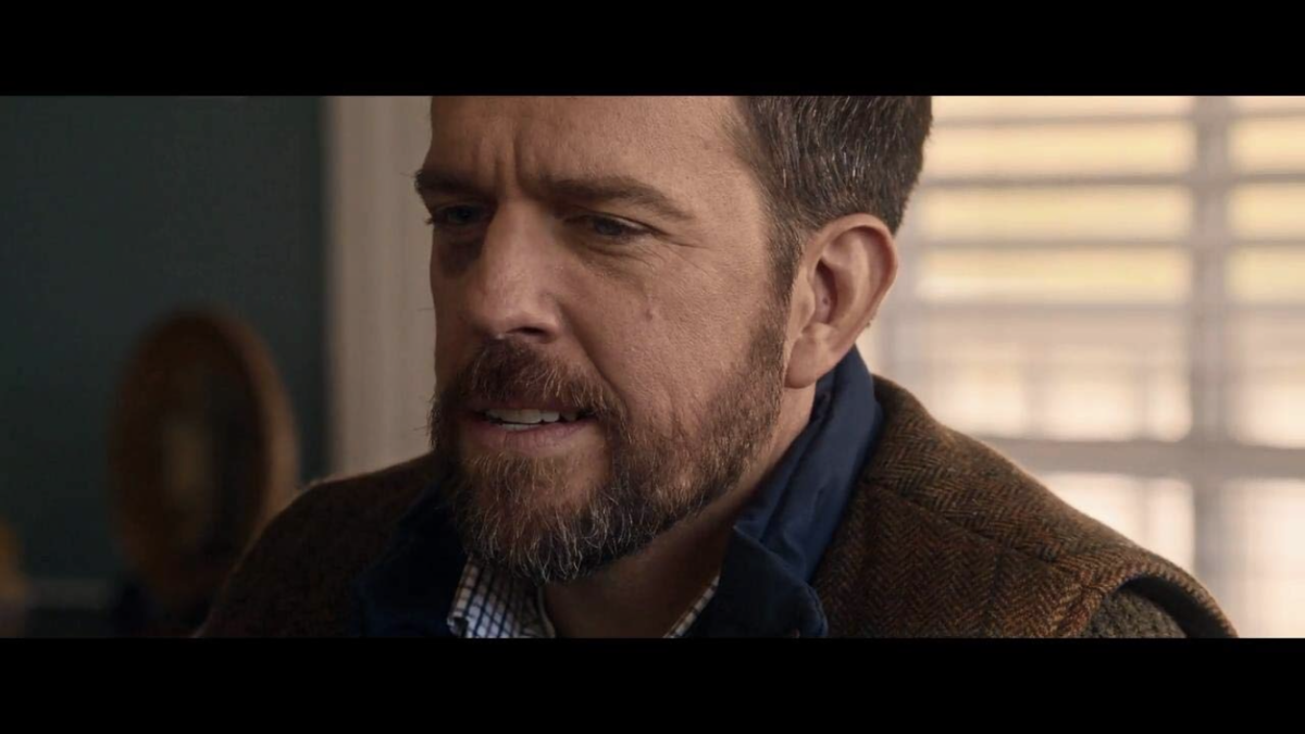 vault-movie-review-father-figures