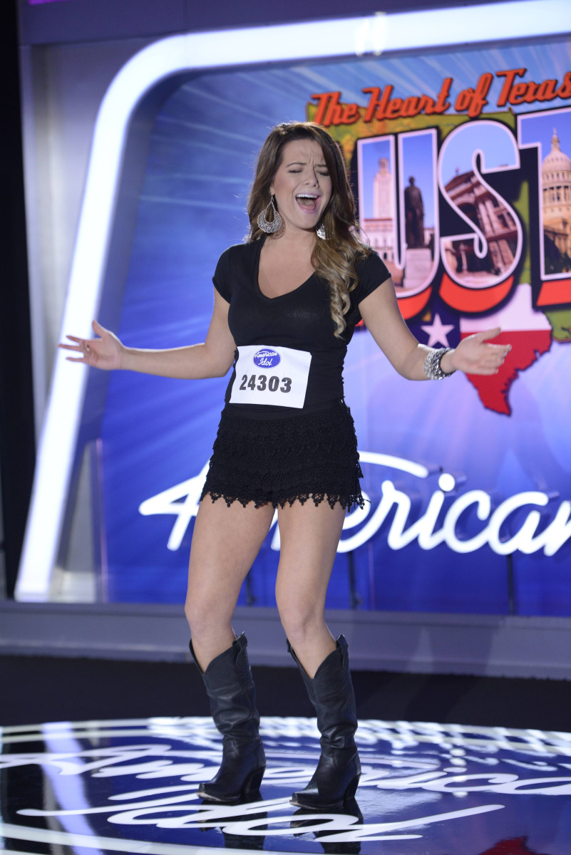 Madelyn Patters auditions in  Texas for Season 13 of American Idol