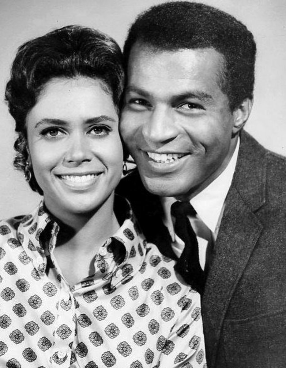 Haynes with his lovely co star Denise Nicholas of Room 222