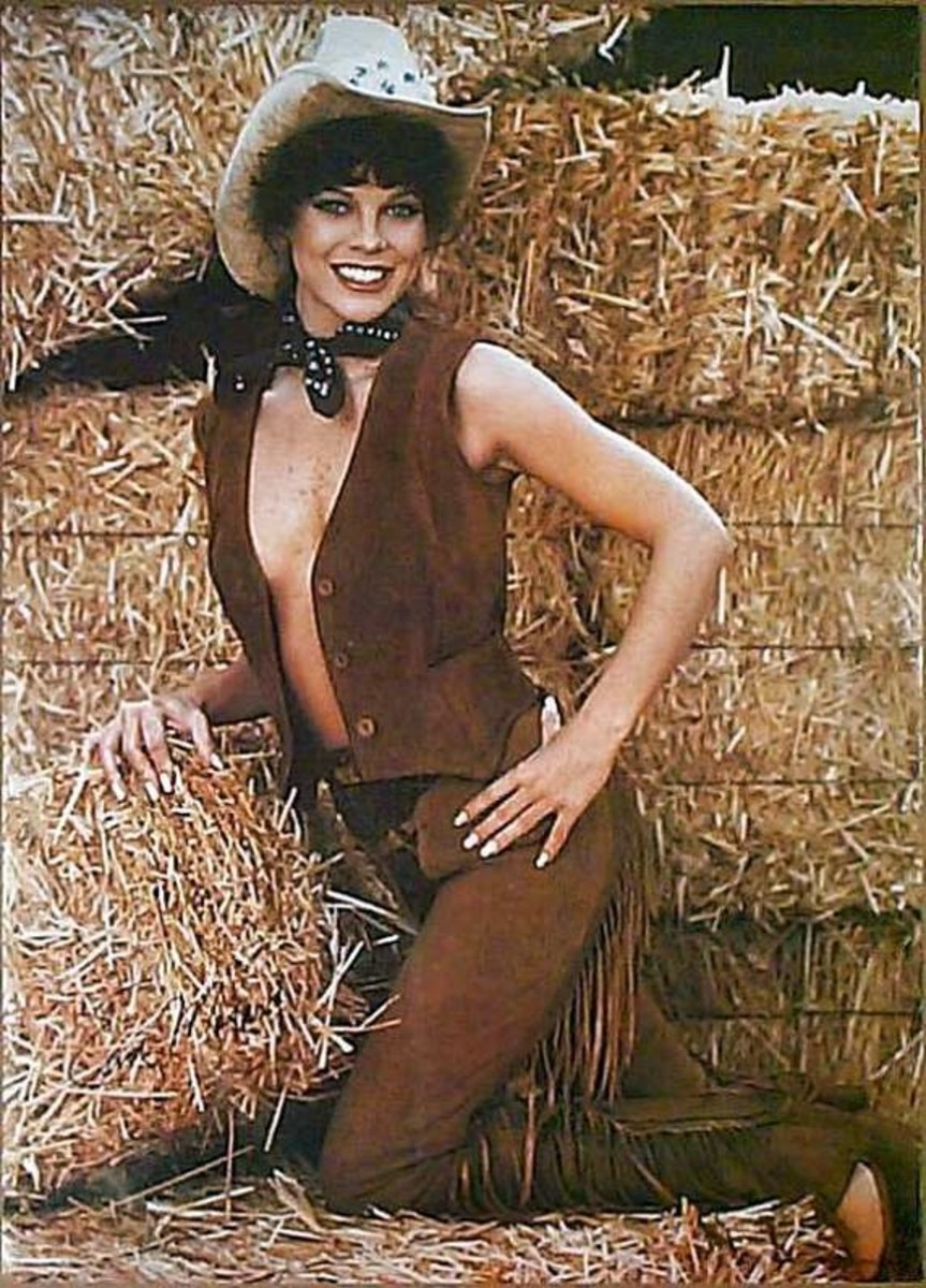 Erin Moran gives us a lovely pose.