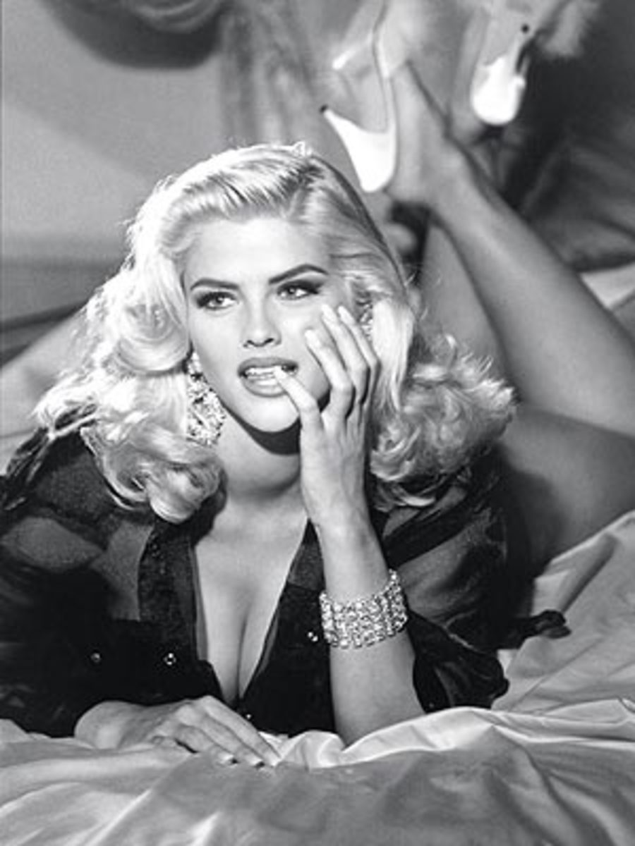 anna nicole smith sex scene 1 - XVIDEOSCOM