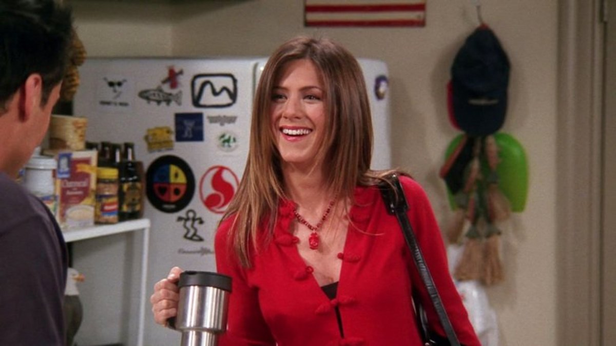 the-hairvolution-of-rachel-green-from-friends