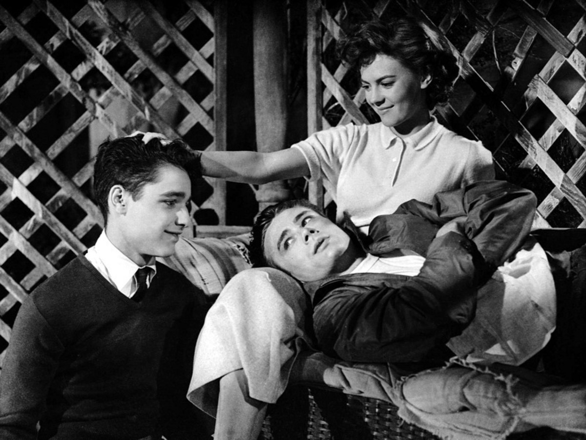 Sal Mineo, James Dean and Natalie Wood.