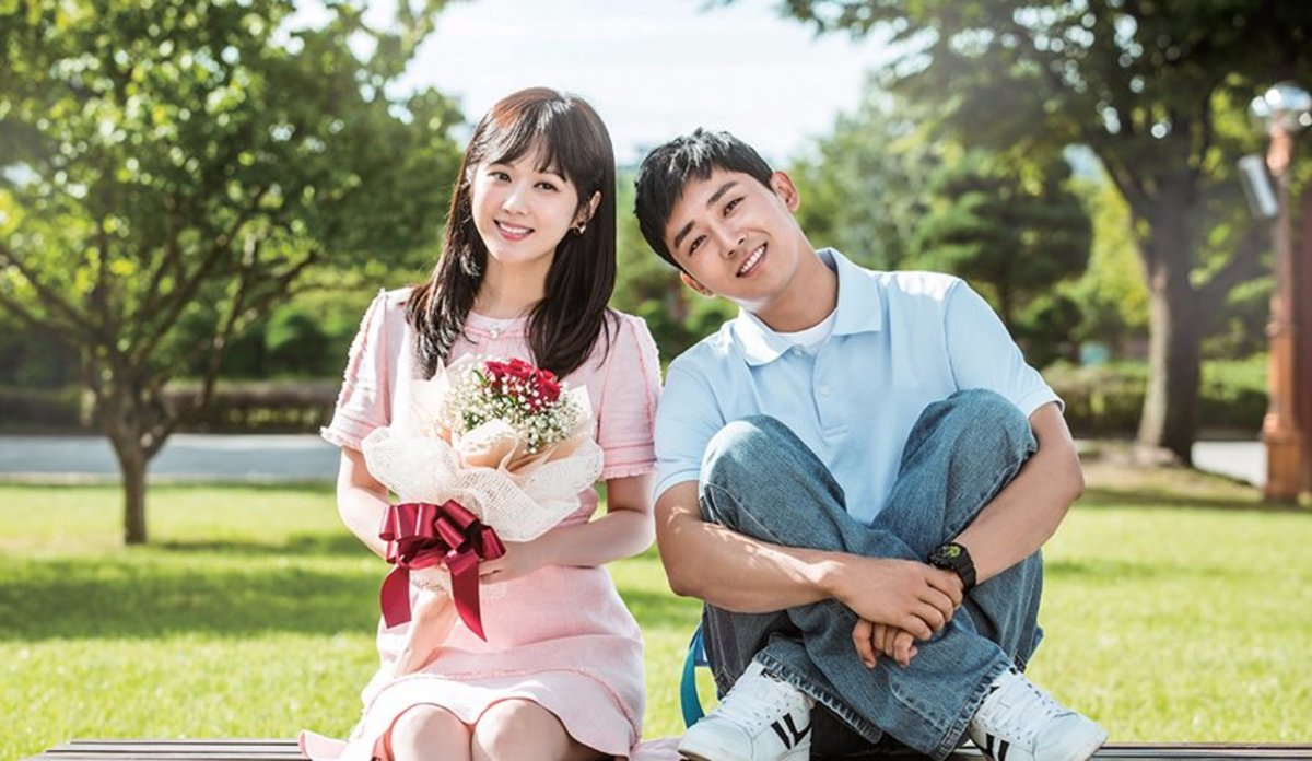 Go Back Couple combines romance with time-travel to explore what it is that makes relationships work.