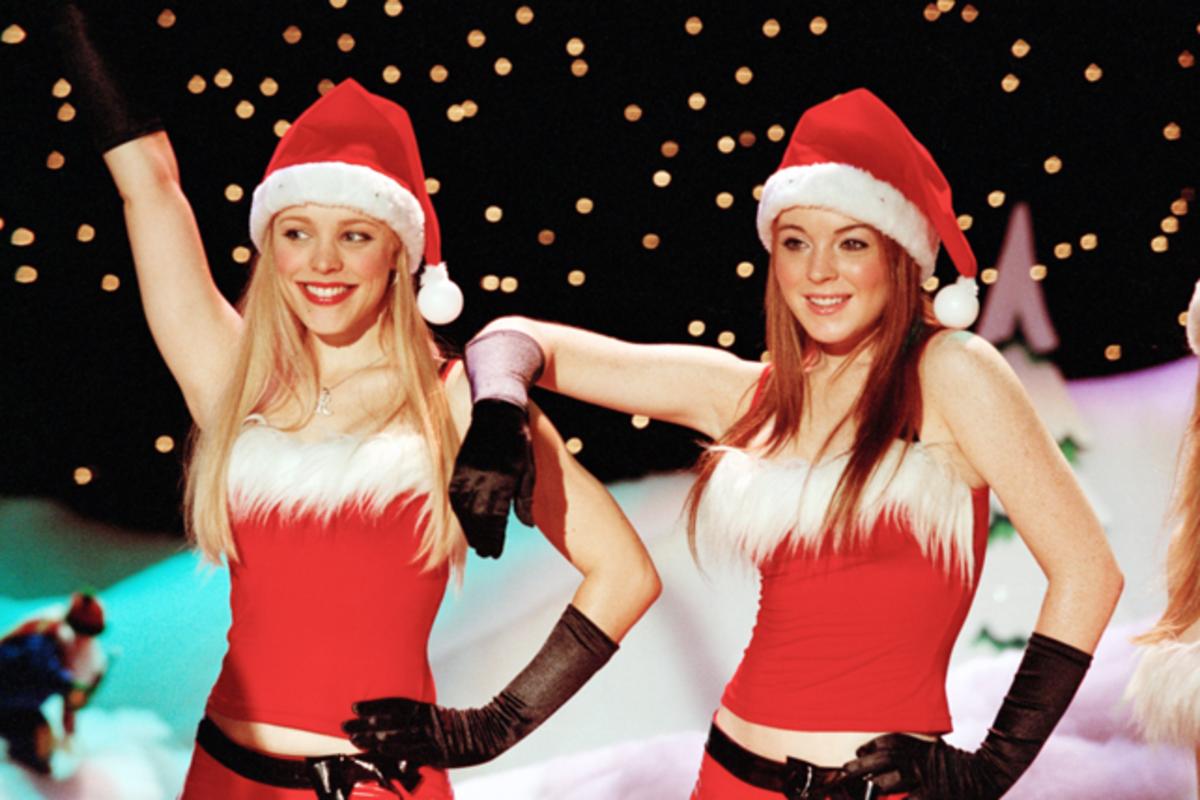 Rachel McAdams (Regina) & Lindsay Lohan (Cady).