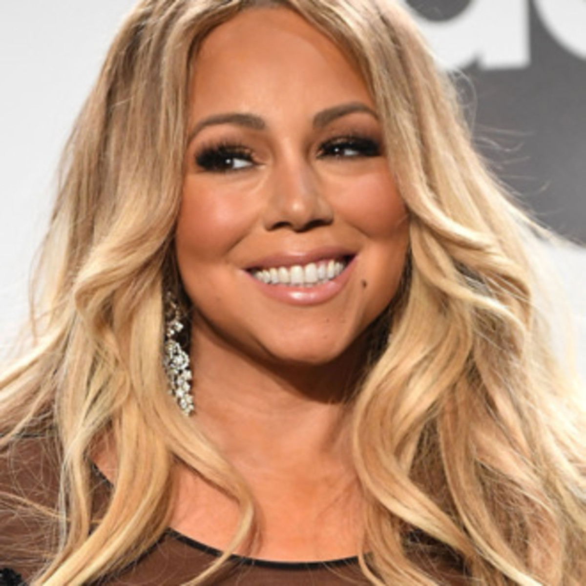 Mariah Carey has a white mother and a black father.