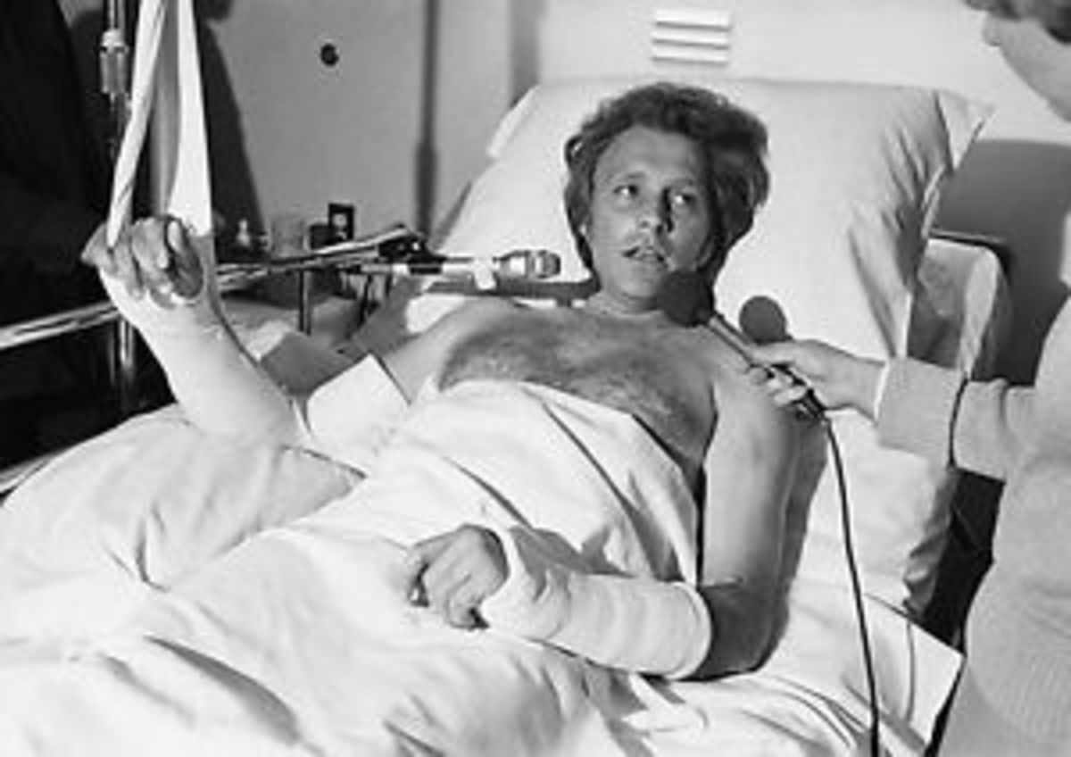 Evel Knievel in hospital
