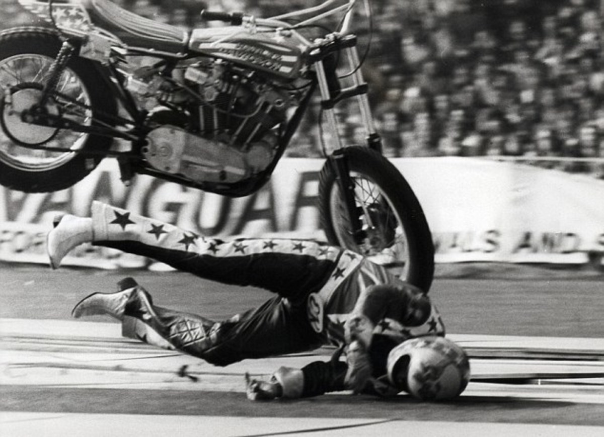 Evel Knievel motorcycle crash