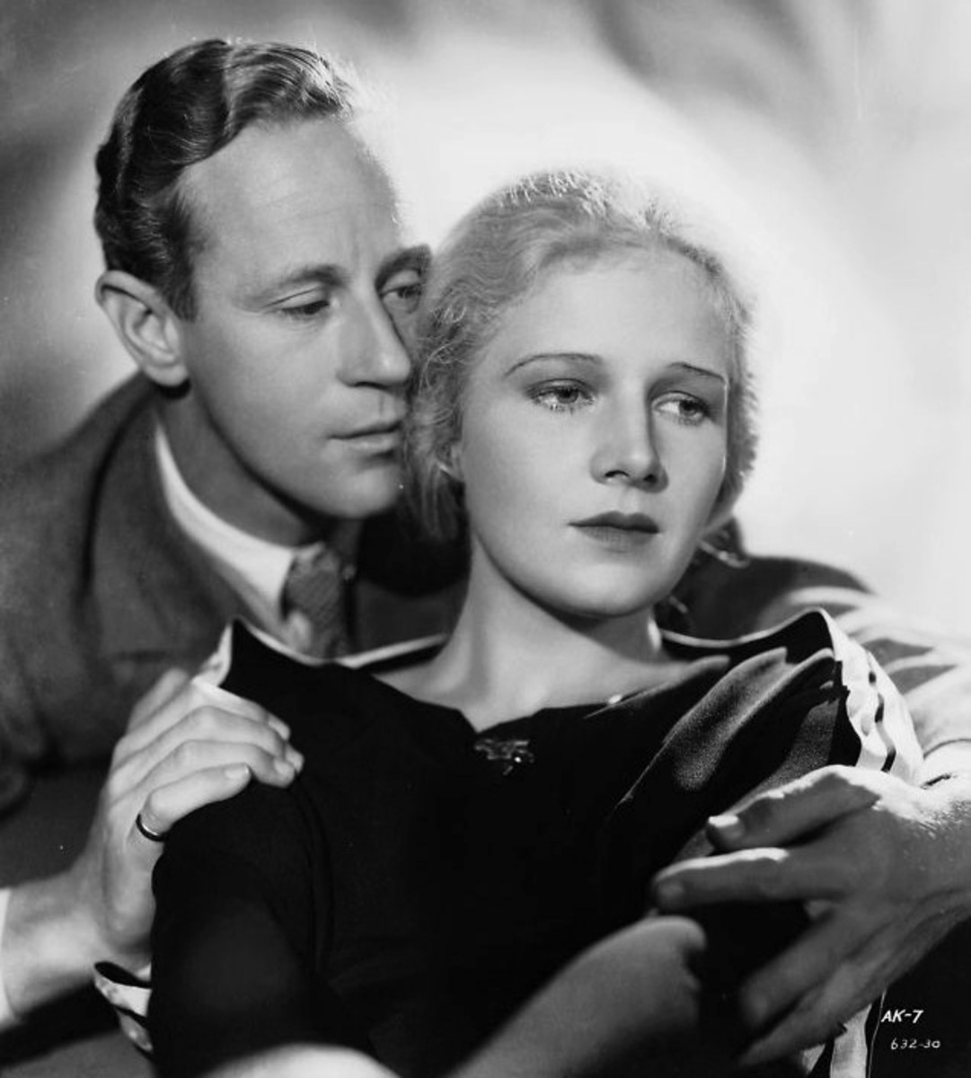 Leslie Howard and Ann Harding in The Animal Kingdom.