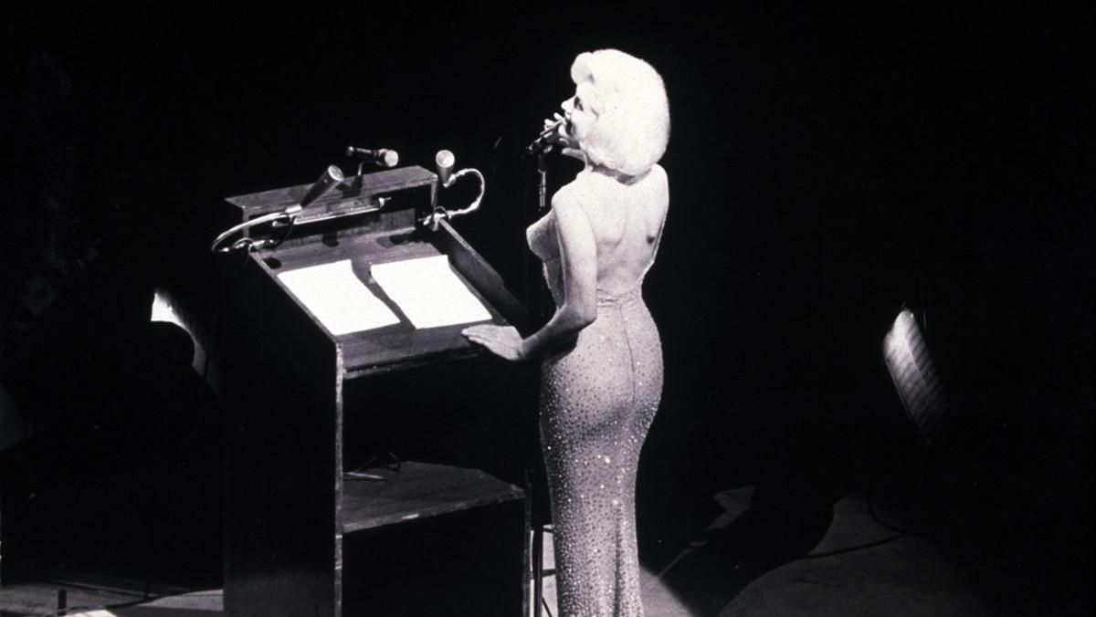 """The star singing """"Happy Birthday, Mr. President"""" to John F. Kennedy."""