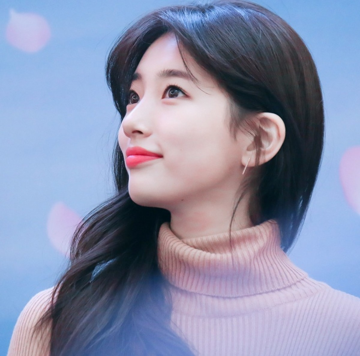 Bae Suzy | Top 10 Most Successful and Beautiful Korean Drama Actresses