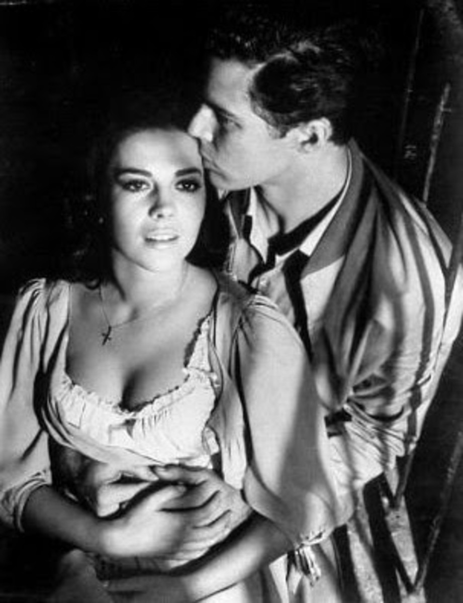 Natalie Wood (Maria) and Richard Beymer (Tony) in West Side Story.