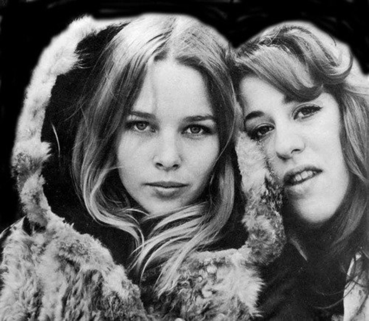 Michelle Phillips & Mama Cass.