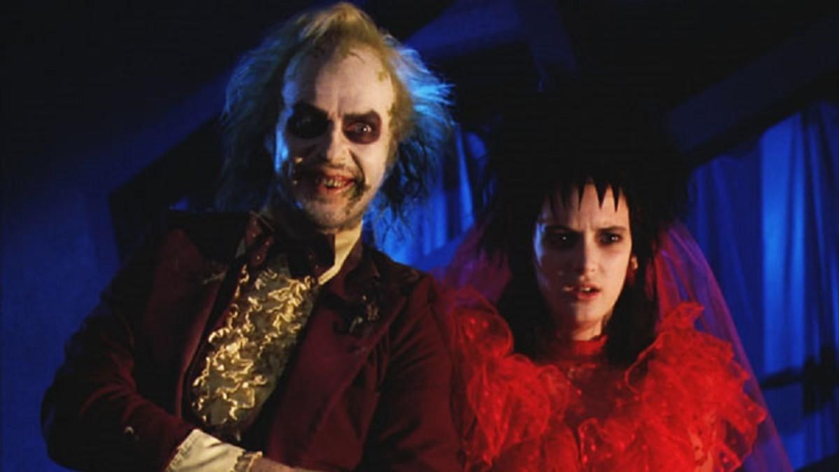 Betelgeuse (Michael Keaton) & Lydia (Winona Ryder).