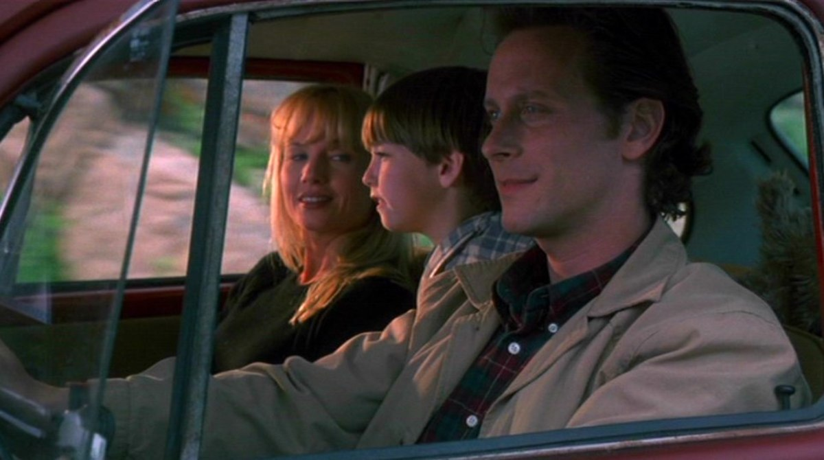 The perfect American family: Quick to assume the worst Wife, annoying little overacting brat with a fish mouth, and a recovering physically abusive drunkard! Picture perfect.