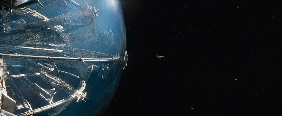 The incredible Yorktown space station in Star Trek Beyond. Compare its size to the blip that is the Enterprise.