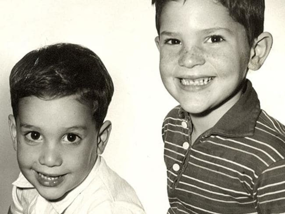 Young Robert (Bob) Weinstein and Harvey Weinstein.