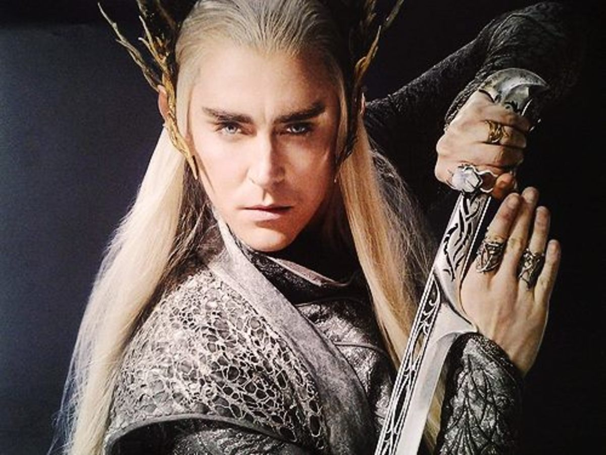 No, my fellow gays. Thranduil was straight. No one in Toilkien's books was gay.  Get over it.
