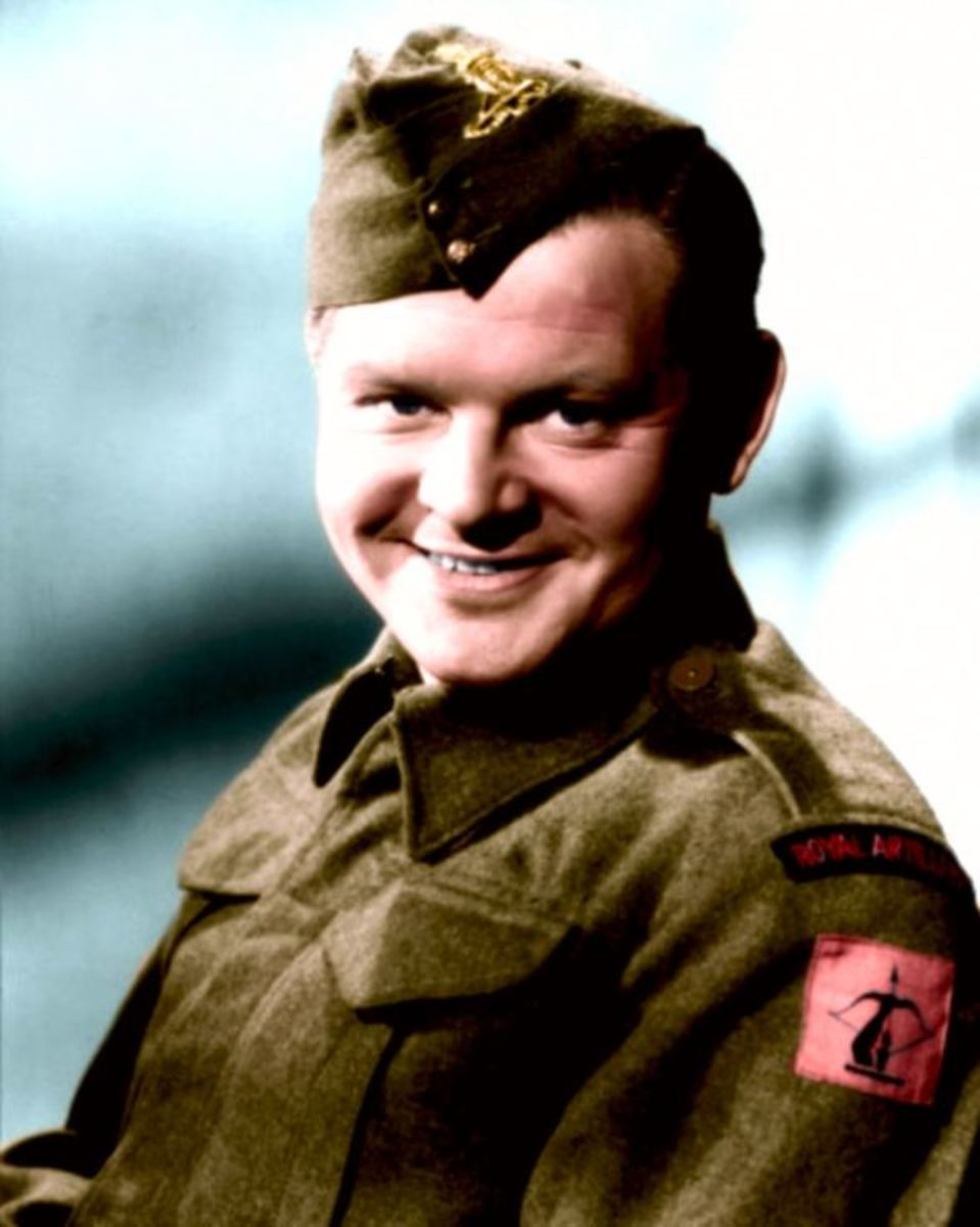 Benny Hill in Army