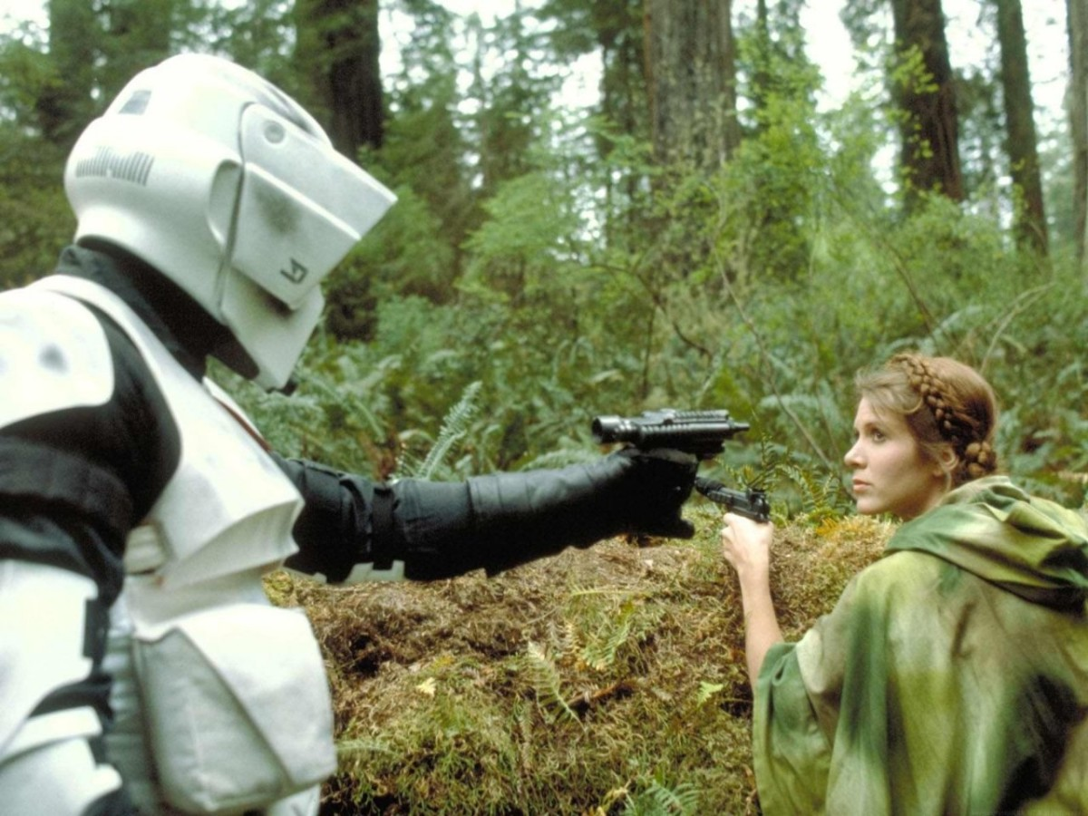 A scout trooper captures Leia