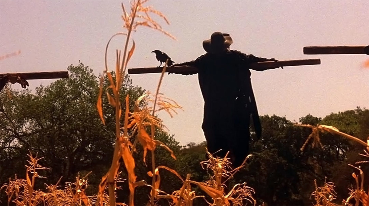 If you have a phobia of scarecrows, you'd definitely be terrified by the Creeper.