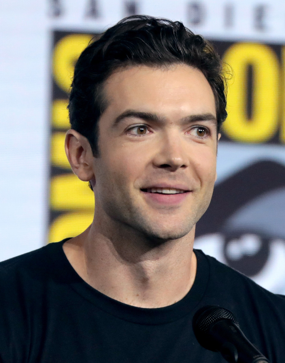 Ethan Peck plays the iconic Spock on Discovery.