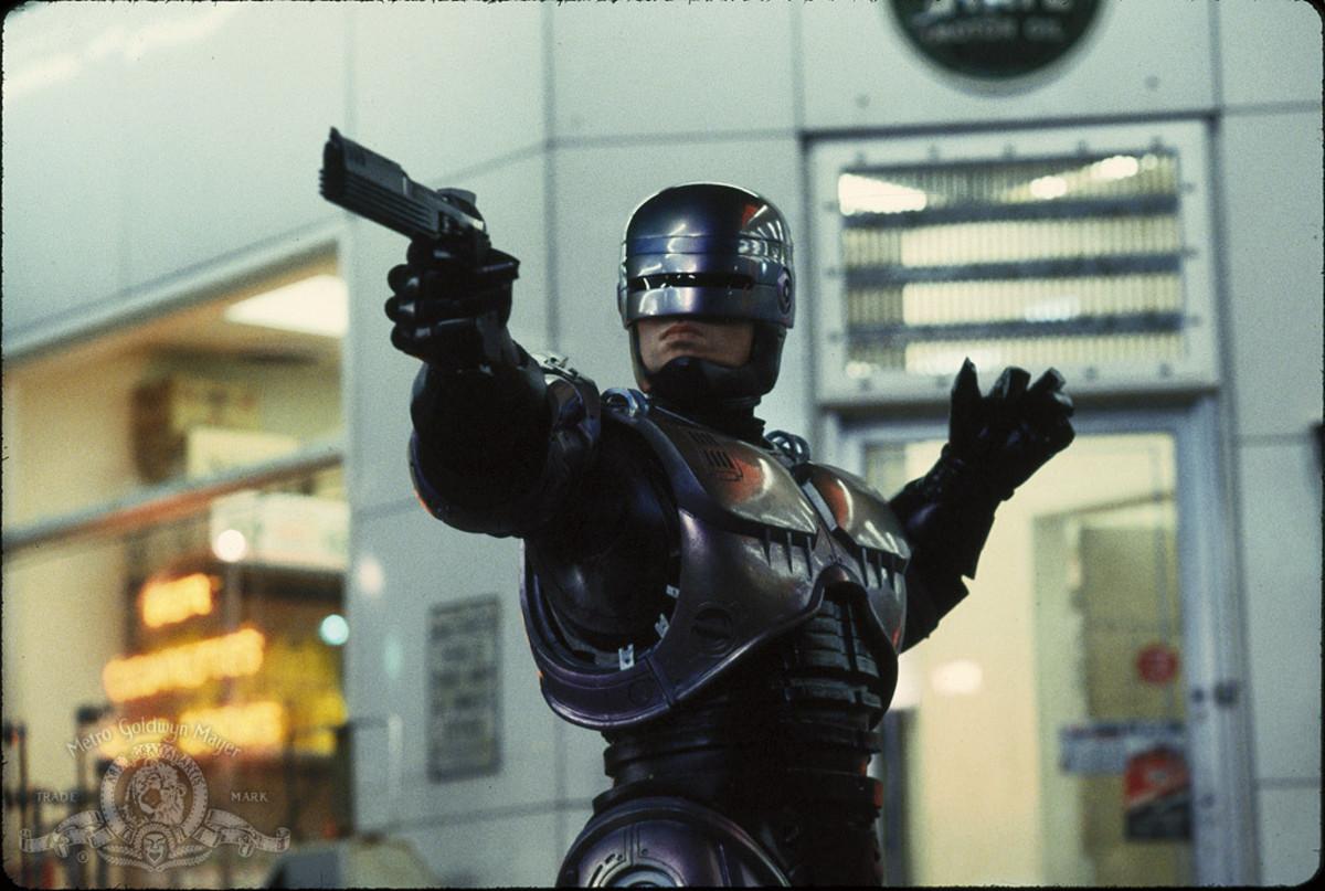 RoboCop! Save us!!