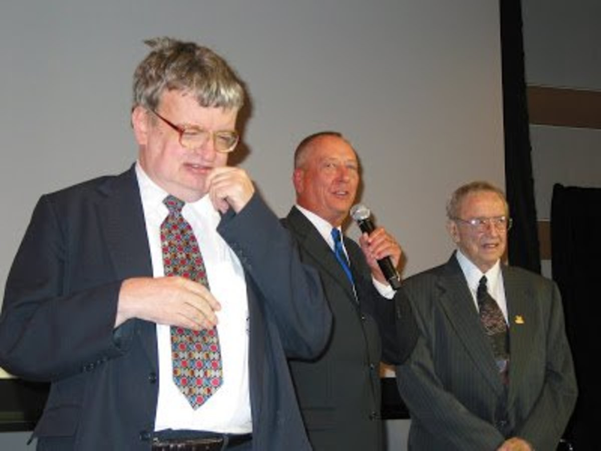 Kim Peek (left) Barry Morrow (center) Peek's father (right)