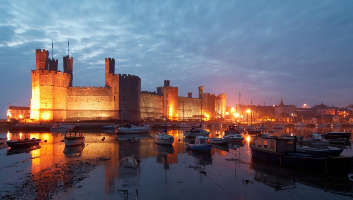 Explore Caernarfon and its castle!