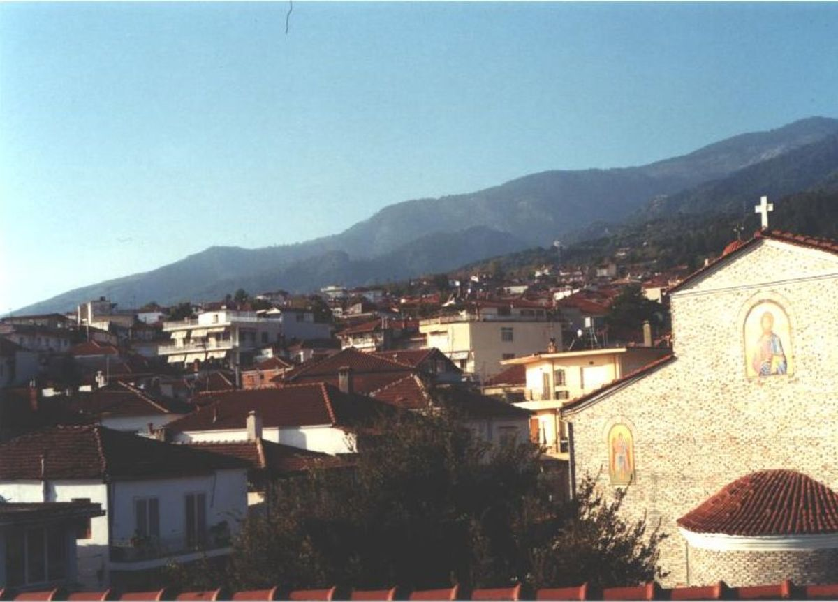 The perfect postcard town, Litohoro, at the base of Mt. Olympus