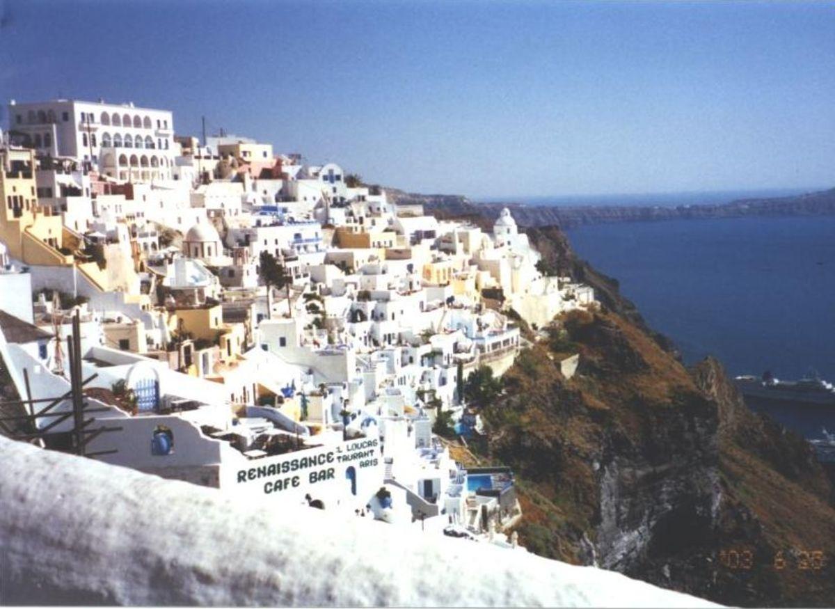 The paradisal island of Santorini
