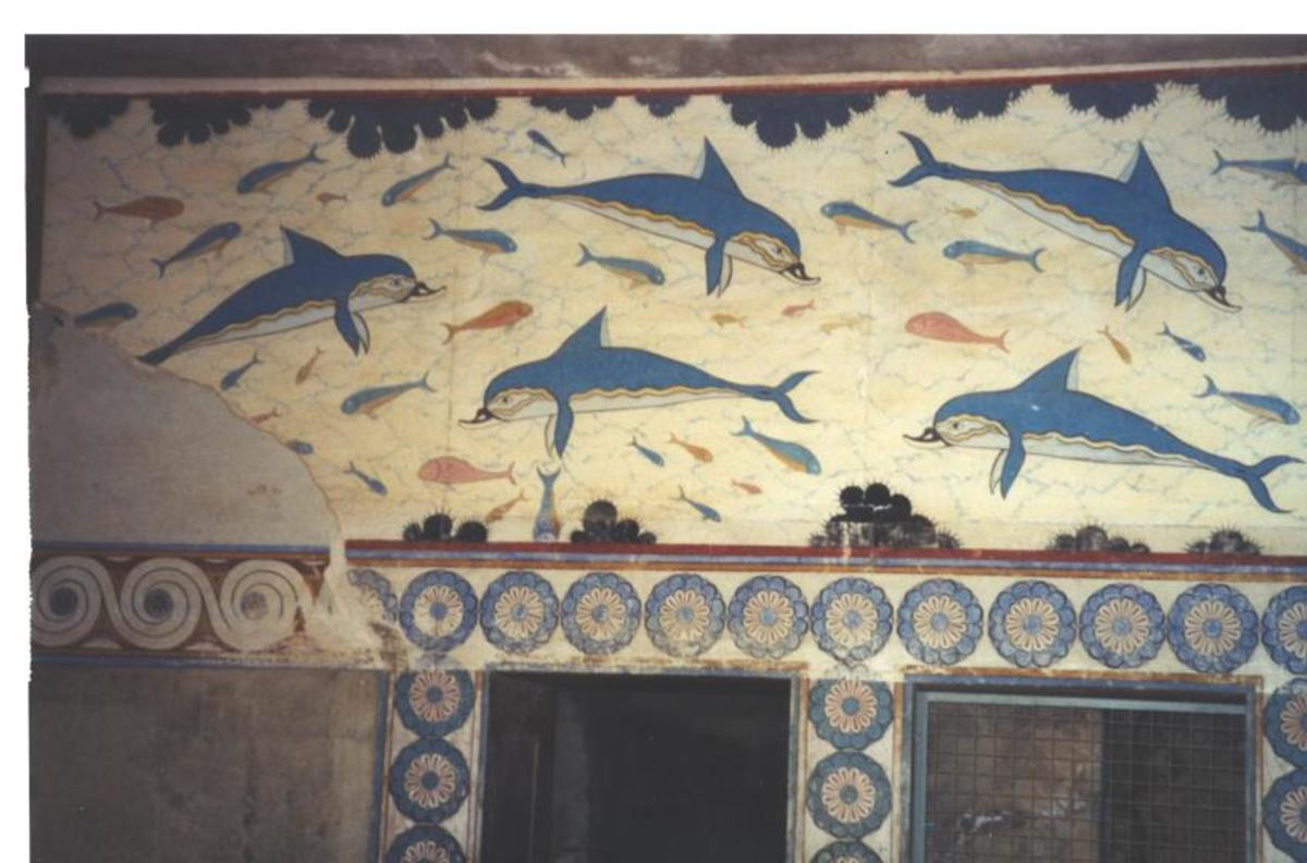 Dolphin fresco in the Palace of Knossos