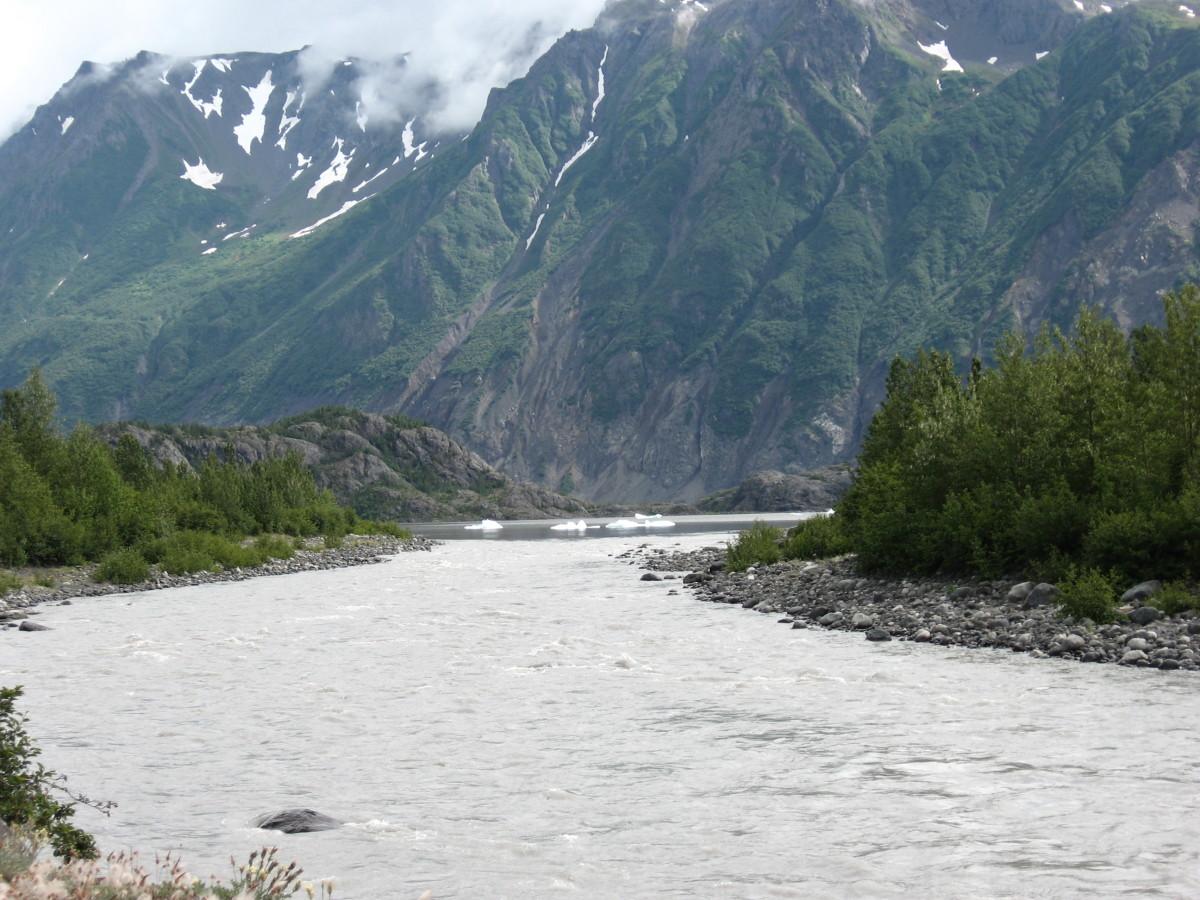 A glacial flow